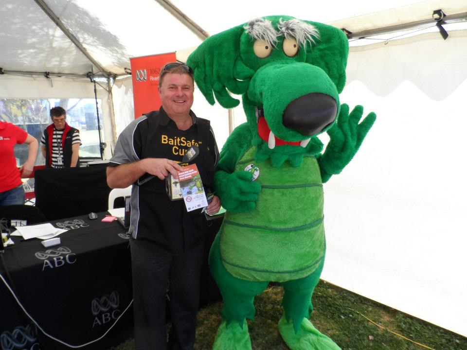 Gary meets the Bunyip at the ABC Radio Hut